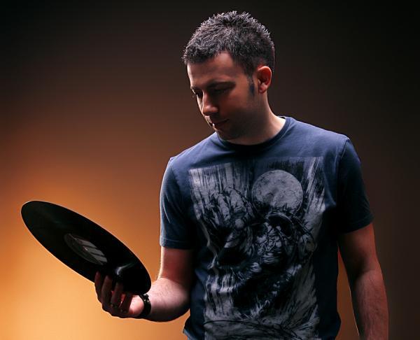 Mladen Tomic best Of September Chart 2015